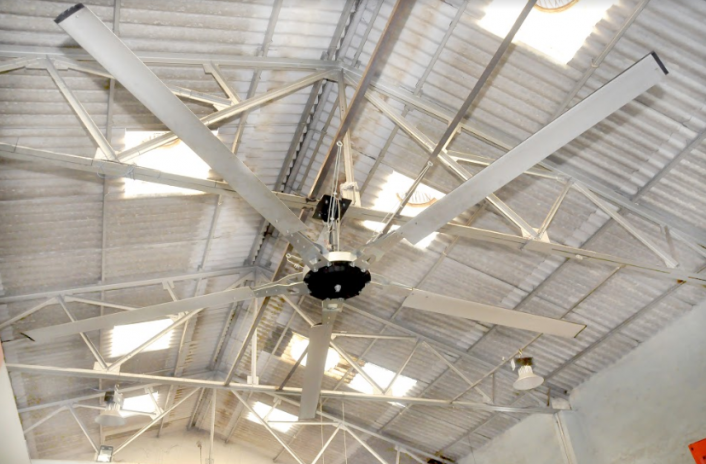 Epoch HVLS 16-ft Fan
